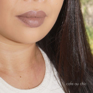"NIB MAC ""CAFE AU CHIC"" Matte Liquid lipstick"